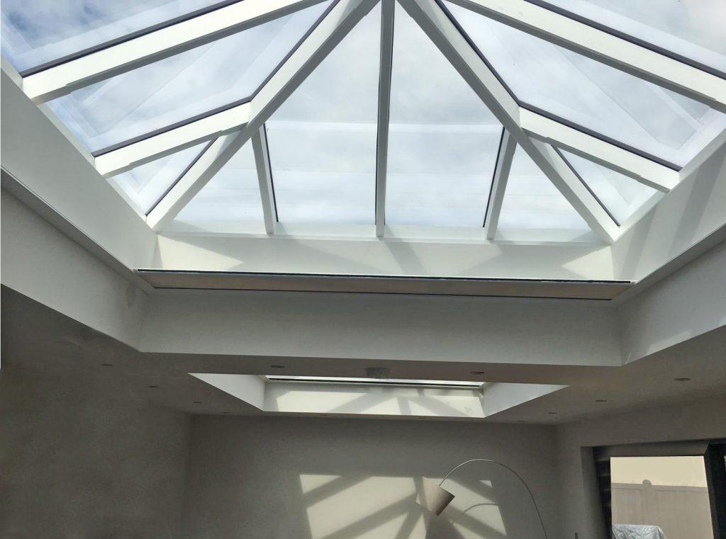 KuroLok RL zipped edge rooflight blind system on angle
