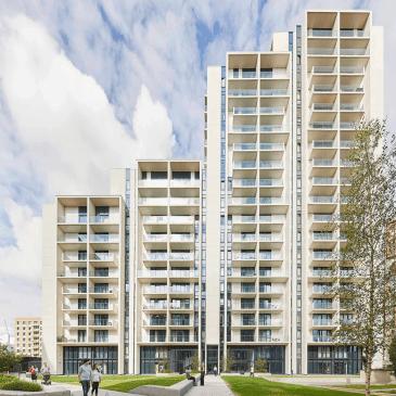 alto apartments exterior image